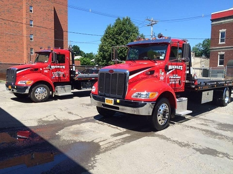 Huckles Towing & Recovery